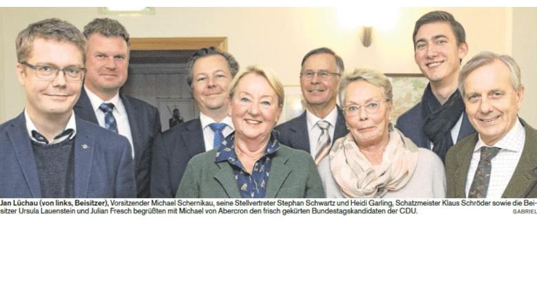 Vorstand der CDU Wedel mit Dr. Michael von Abercron